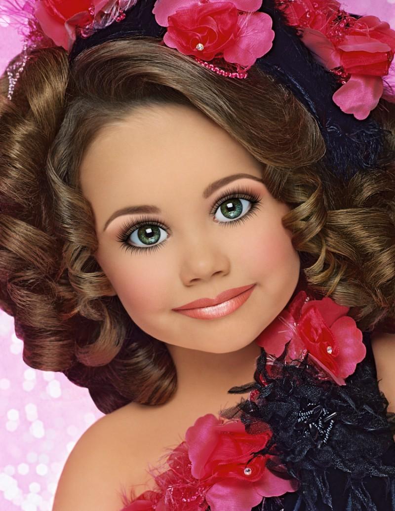 Debate: Child beauty pageants